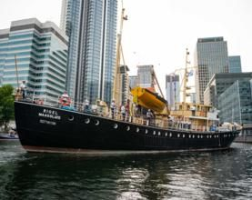 Sister ships reunited after Port of London Authority steps in