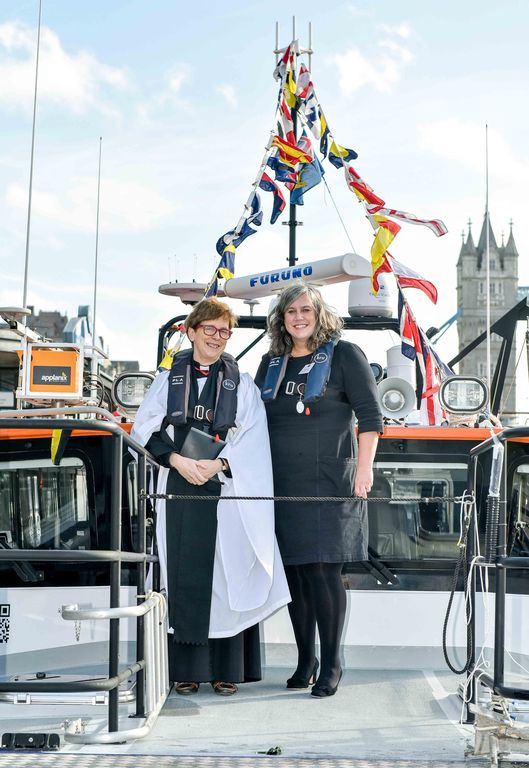 New High-tech vessel Thame named by Deputy Mayor for Transport