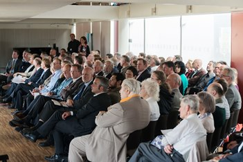 Public meeting about the Thames